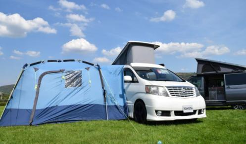Alphard Camper with Tent